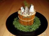 Рыбки в бочке- салат