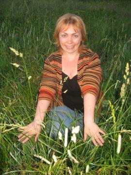 средь  лугов и зеленой травы - Надежда Владимировна Черенева