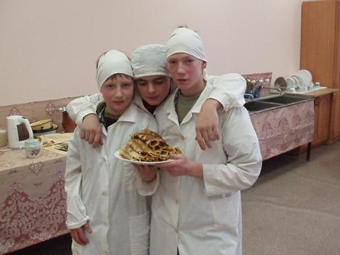А наша бригада сделала трубочки - Государственное образовательное учреждение дополнительного образования детей Центр технического творчества Невского района Санкт-Петербурга `Старт плюс`