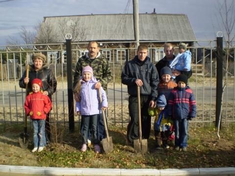 озеленение пришкольного участка 2009г. - Сытоминская СОШ