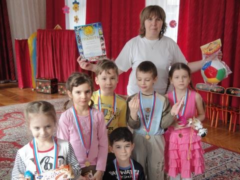В нашем детском саду делимся впечатлениями - ГБДОУ №111