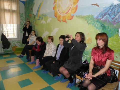 На открытом занятии по ритмике  - Ирина Борисовна Ермолина