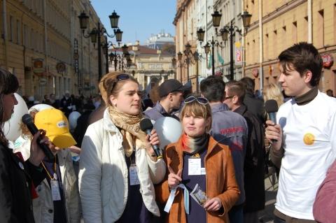 Репортаж ведут юные журналисты - Средняя школа № 13 с углублённым изучением английского языка