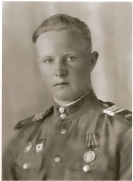 Мой папа Иванов Алексанндр Емельянович.