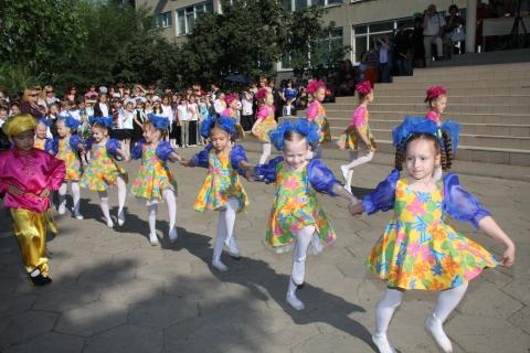 малыши-карандаши -  Муниципальное общеобразовательное учреждение  гимназия № 76