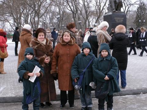 Маленькие газетчики - Людмила Николаевна Игнатова