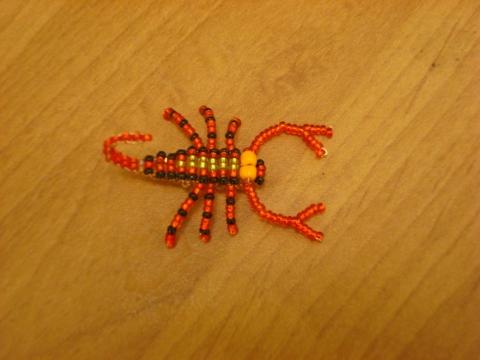 объемный скорпион из бисера - О том, как плести бисером.