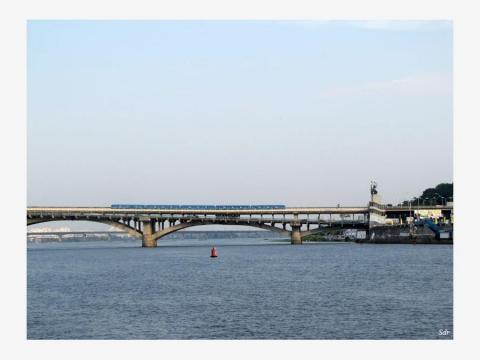 Мост Метро вид с реки Днепр - Александр Николаевич Комлев