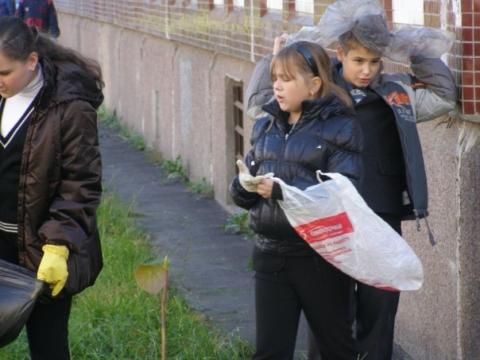 Вместо шапки на ходу он надел... - Средняя общеобразовательная школа 557 www.spb-school557.ru