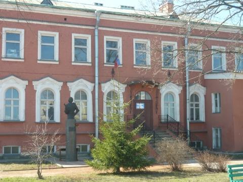Здание администрации п.Усть-Ижора - Александра Николаевна Литвинова
