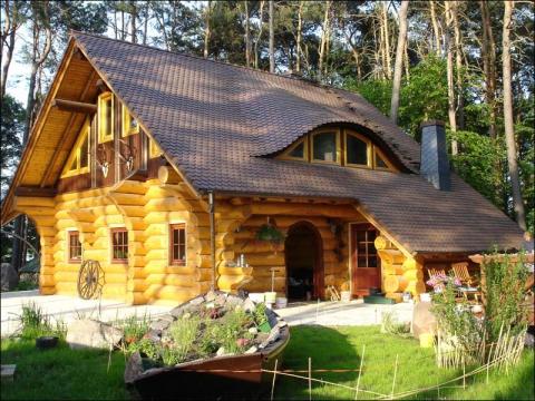 На выставке вы увидите все разнообразие современного деревянного.
