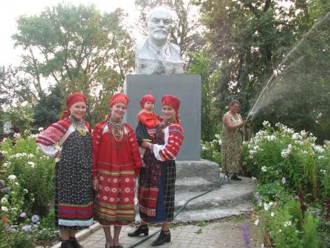 Три поколения с Лениным - Юлия Васильевна Талалаева
