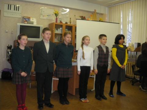 Чтение стихов на финском языке.  - Средняя школа № 23 с углублённым изучением финского языка
