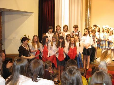 Творческие коллективы школы на конкурсе - ГБОУ СОШ № 346, Комплекс