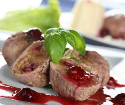 Мясо в винном соусе с вишнями  - Вера Владимировна Пырьева