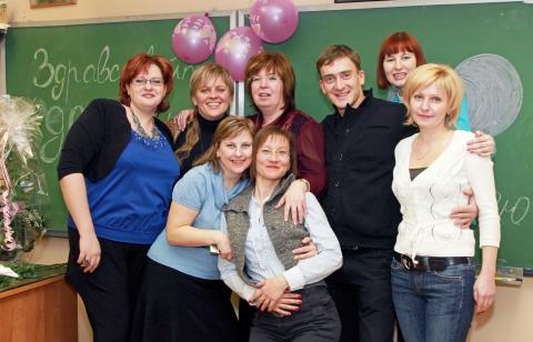 Трусова Е.В. с выпускниками - Средняя школа № 23 с углублённым изучением финского языка