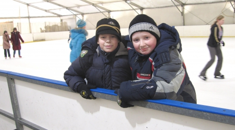 а кто-то на коньках впервые - Средняя школа № 23 с углублённым изучением финского языка