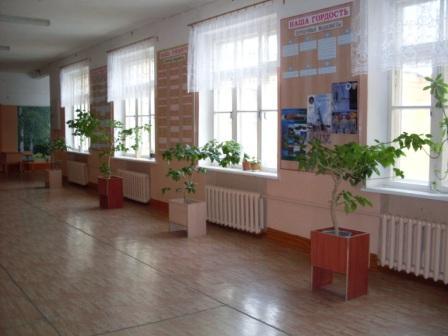 Холл 4 этажа - Муниципальное бюджетное общеобразовательное учреждение Дятьковская средняя общеобразовательная школа № 1