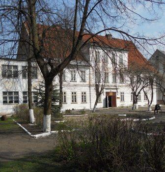 Учебно-административный корпус - Муниципальное общеобразовательное учреждение средняя общеобразовательная школа № 2 г. Немана