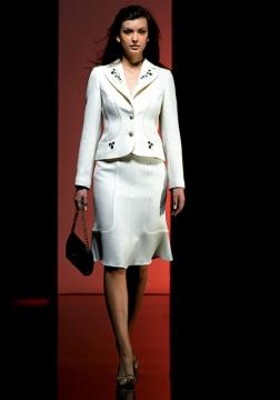 Женские костюмы от производителя. Комбинезоны женские, брюки молодёжные, юбки деловые, женская В нашем