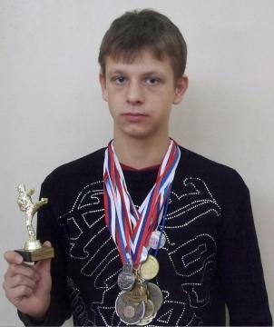 Роман Тимощук - боец - ГБОУ СОШ № 346, Комплекс