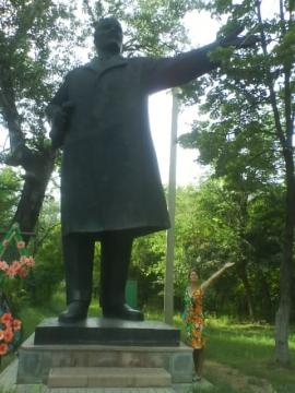 в нашем парке появился Ленин!!! - Светлана Мидхатовна Иргалиева
