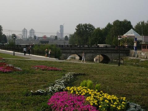 Каменный мост у Плотинки - Марьяна Федоровна Рженичева