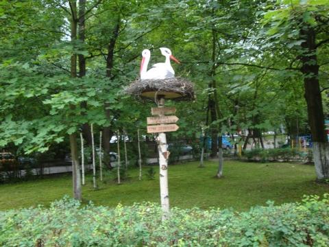 Как сделать декоративное гнездо аиста своими руками