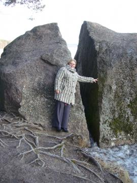 М.Орлова у камня исполнения желаний вЗеркальном - Ирина Борисовна Ермолина