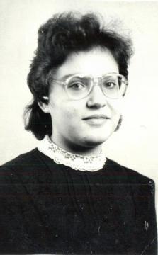 Куксанова Марина.Выпускница 1987 года.Золотая медаль - Муниципальное бюджетное образовательное учреждение `Яйская средняя общеобразовательная школа №2`