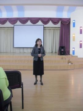 Выступление директора школы Е.В.Харчилава - Средняя школа № 13 с углублённым изучением английского языка