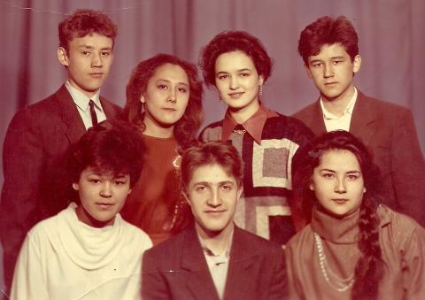 11Б класс, 1990год, РСХШИ  - Илюза Таджиковна Кривицкая