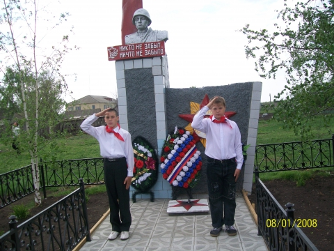 Почётный караул-Рома и Саша.9мая 2010 - Анна Григорьевна Дарьина