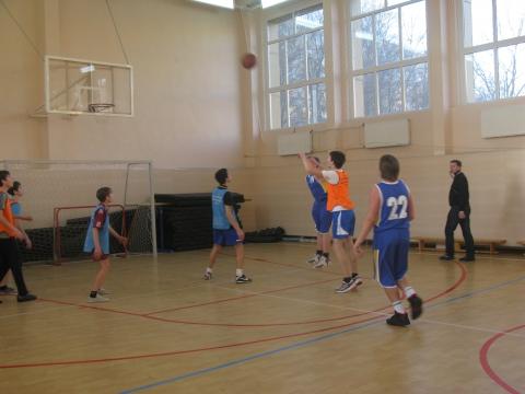 Финальная игра школ №346 и №13 - ГБОУ СОШ № 346, Комплекс