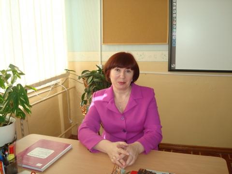 Портрет - Людмила Васильевна Снеткова