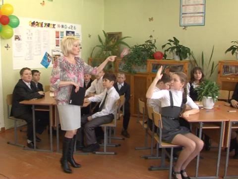 Без названия - Нинель Леонидовна Дмитриева
