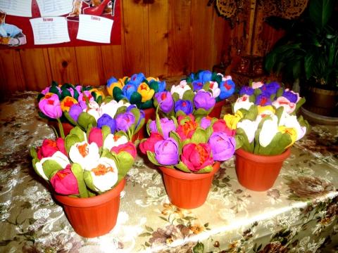 Как сделать цветы в корзине своими руками