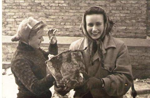 Мама в стройотряде после I курса. - Марина Юрьевна Горбачева