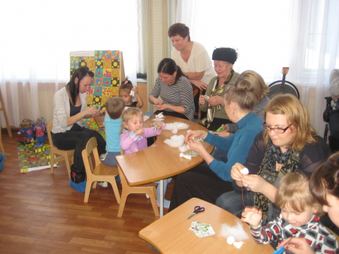 Дети тоже помогают - ГБДОУ детский сад №48