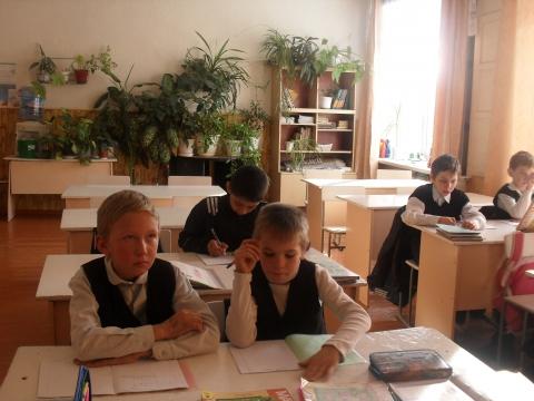 Весёлая семейка! - самые красивые учащиеся своей школы