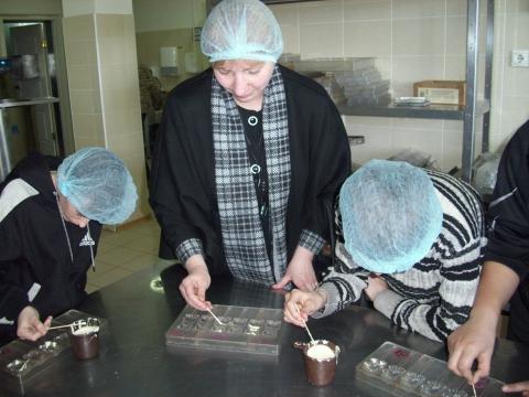 Мастер-класс по изготовлению шоколадных фигурок - МКОУ `Быструхинская СШ`