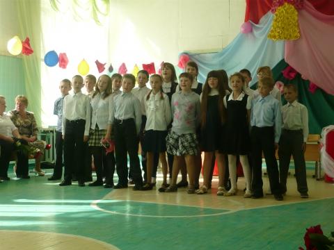 Поздравление выпускникам от пятачков. - Лилия Анатольевна Гурьянова