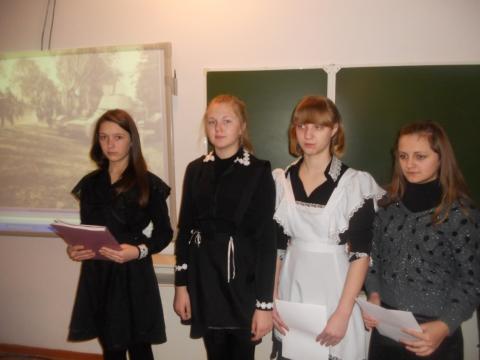 7-классники сами приготовили творческие работы к уроку литературы - Наталья Анатольевна Ратке